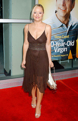 Premiere: Lucy Davis at the Hollywood premiere of Universal Pictures' The 40-Year-Old Virgin - 8/11/2005