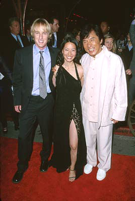 Premiere: Owen Wilson, Lucy Liu and Jackie Chan at the Hollywood premiere of Touchstone's Shanghai Noon - 5/23/2000