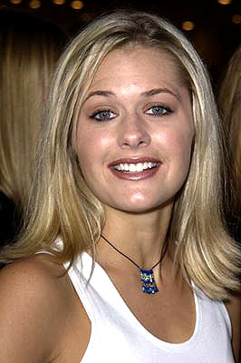 Premiere: Maggie Lawson at the Westwood premiere of Warner Brothers' Summer Catch - 8/22/2001
