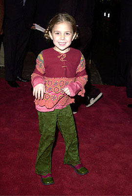 Premiere: Makenzie Vega at the Hollywood premiere of Universal's The Family Man - 12/12/2000