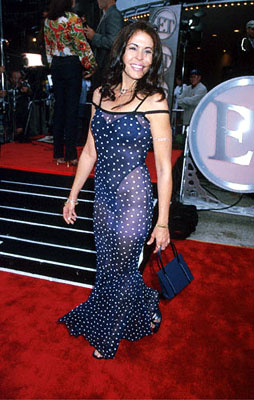 "Premiere: ""The Running Man"" star Maria Conchita Alonso at the Mann Village Theatre premiere of 20th Century Fox's Me, Myself & Irene - 6/15/2000"