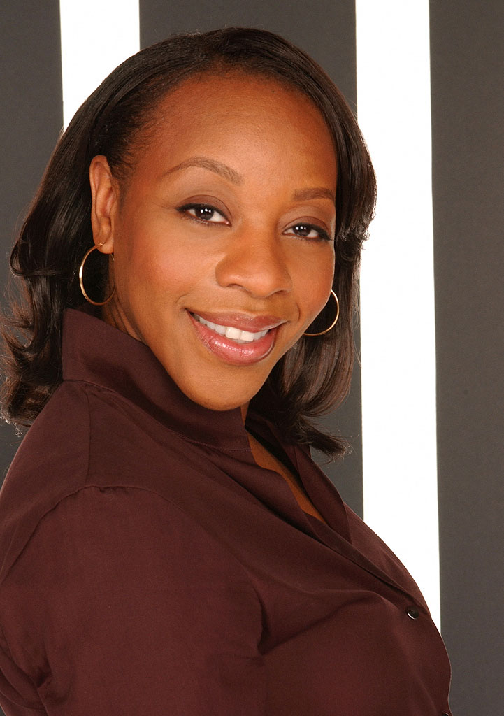 Marianne Jean-Baptiste stars as Vivian Johnson in Without A Trace on CBS.