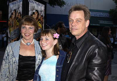 Premiere: Mark Hamill and family at the Westwood premiere of Dimension's Jay and Silent Bob Strike Back - 8/15/2001