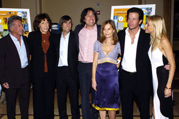Premiere: Dustin Hoffman, Lily Tomlin, Jason Schwartzman, director David O. Russell, Isabelle Huppert, Mark Wahlberg and Naomi Watts at the Hollywood premiere of Fox Searchlight's I Heart Huckabees - 9/22/2004