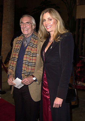 Premiere: Martin Landau and Gretchen Becker at the Los Angeles premiere of Warner Brothers' The Pledge - 1/09/2001