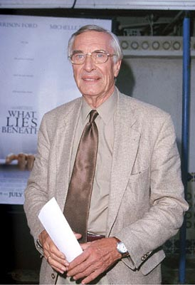Premiere: Martin Landau at the Mann's Village Theater premiere of Dreamworks' What Lies Beneath - 7/18/2000