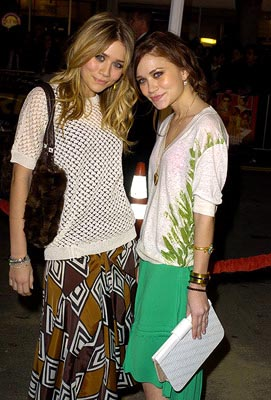 Premiere: Mary-Kate Olsen and Ashley Olsen at the LA premiere of Warner Bros.' Starsky & Hutch - 2/26/2004