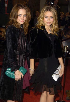 Premiere: Ashley Olsen and Mary-Kate Olsen at the LA premiere of Warner Bros. The Last Samurai - 12/1/2003