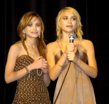 Mary-Kate Olsen and Ashley Olsen Tribeca Film Festival, May 4, 2004