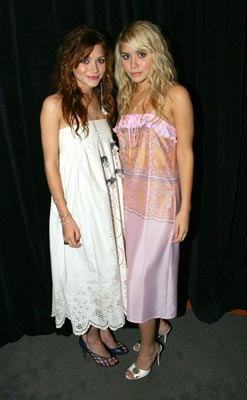 Mary-Kate Olsen and Ashley Olsen MTV Video Music Awards 2004 Show - 8/29/2004
