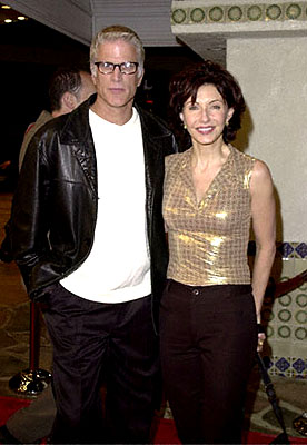 Premiere: Ted Danson and Mary Steenburgen at the Westwood premiere of 20th Century Fox's Cast Away - 12/7/2000