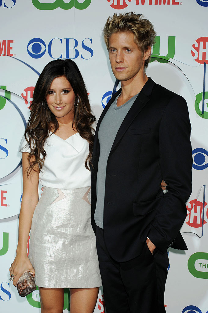 """Hellcats'"" Ashley Tisdale and Matt Barr arrive at the TCA Summer 2010 CBS/The CW/Showtime ""Star Party in the Tent"" on July 28, 2010 in Beverly Hills, California."