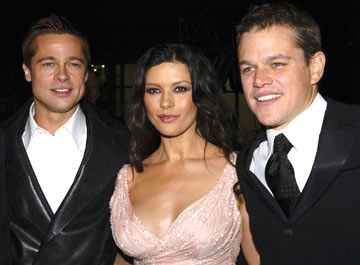 Premiere: Brad Pitt, Catherine Zeta-Jones and Matt Damon at the Hollywood premiere of Warner Bros. Ocean's Twelve - 12/8/2004