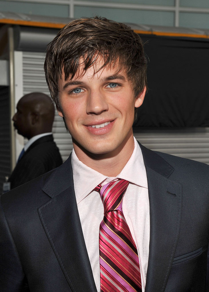 "Matt Lanter arrives on the red carpet of the Los Angeles premiere of ""Sorority Row"" at the ArcLight Hollywood on September 3, 2009 in Hollywood, California."