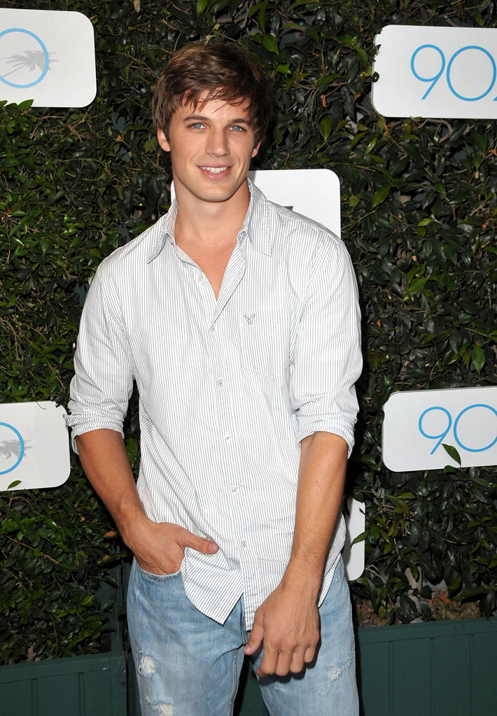 "Matt Lanter arrives at the Launch of Season 2 of ""90210"" hosted by NIKE and The CW at The Ricardo Montalban Theatre on September 1, 2009 in Hollywood, California."