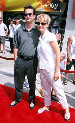 Premiere: Matthew Perry looks absolutely thrilled to be with Helen Hunt at the Orange County premiere of Disney's The Kid - 6/25/2000