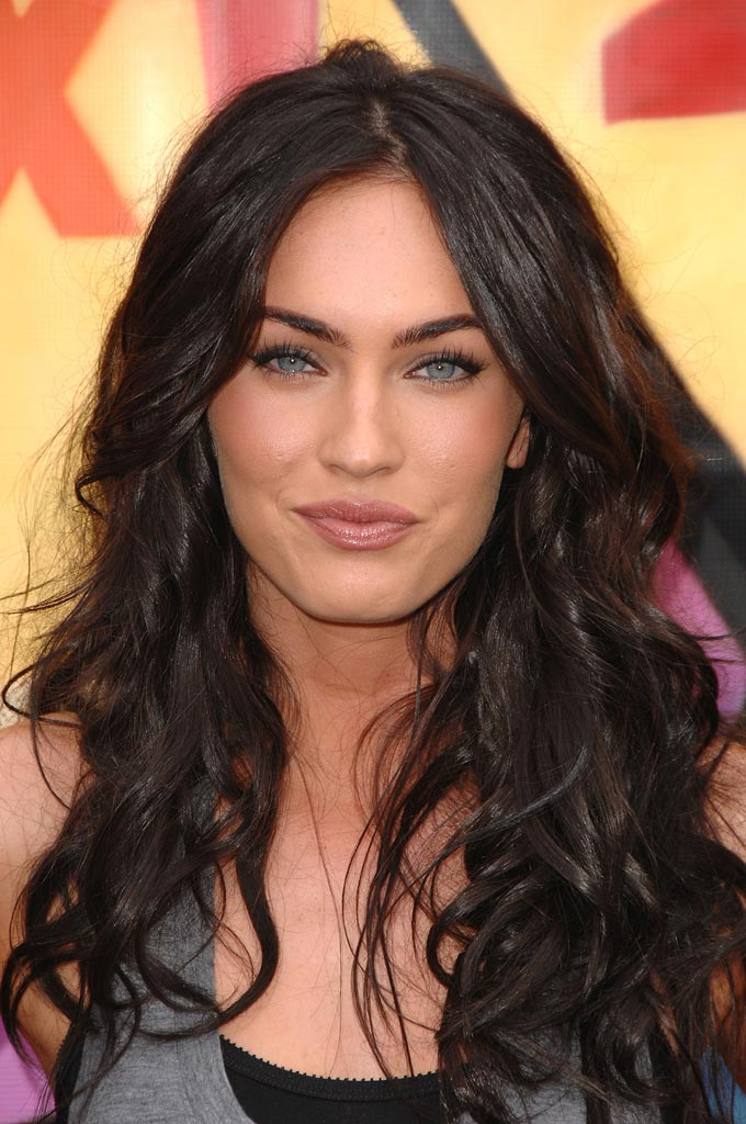 Megan Fox arrives to the 2007 Teen Choice Awards.