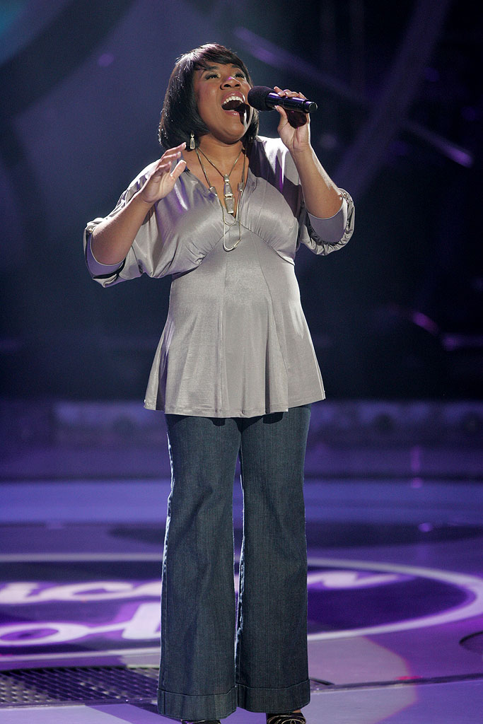 Melinda Doolittle performs as one of the top 11 contestants on the 6th season of American Idol.