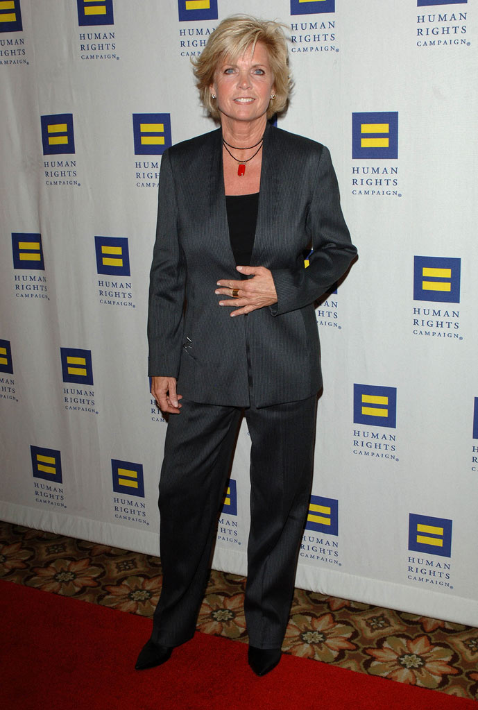 Meredith Baxter arrives at the HRC Los Angeles Dinner And Awards Gala at Hyatt Regency Century Plaza on March 13, 2010 in Century City, California. Meredith Baxter
