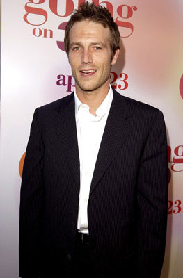 Premiere: Mark Ruffalo at the L.A. premiere of Revolution Studios' 13 Going on 30 - 4/14/2004 Michael Vartan