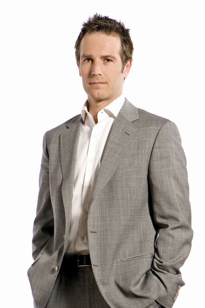 Michael Vartan stars as James Auster in Big Shots.