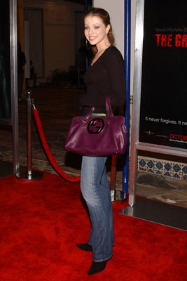 Premiere: Michelle Trachtenberg at the Los Angeles premiere of Columbia Pictures' The Grudge - 10/12/04
