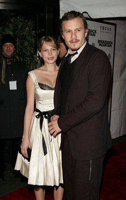 Premiere: Michelle Williams and Heath Ledger at the NY premiere of Focus Features' Brokeback Mountain - 12/6/2005