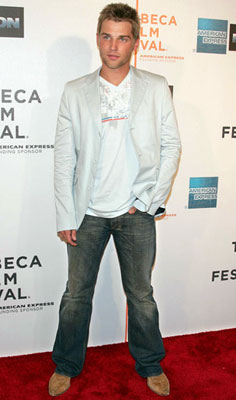 Premiere: Mike Vogel at the Tribeca Film Festival premiere of Warner Bros. Pictures' Poseidon New York, NY - 5/6/2006