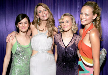 Rachel Bilson, Mischa Barton, Kristen Bell and  Olivia Wilde InStyle/Warner Bros. Golden Globes Party The Palm Court at the Beverly Hilton - Beverly Hills, CA - 1/16/05