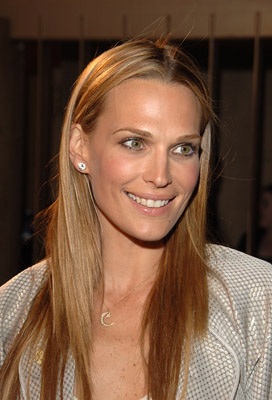 Premiere: Molly Sims at the LA premiere of Sony Pictures Classics' Friends With Money - 3/27/2006