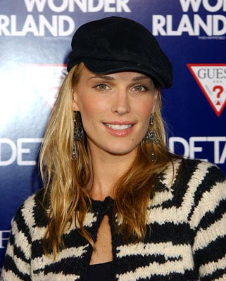Premiere: Molly Sims at the LA premiere of Lions Gate's Wonderland - 9/24/2003