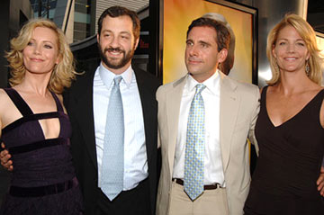 Premiere: Leslie Mann, director Judd Apatow, Steve Carell and Nancy Walls at the Hollywood premiere of Universal Pictures' The 40-Year-Old Virgin - 8/11/2005