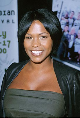 Premiere: Nia Long at the Egyptian Theatre premiere of Sony Pictures Classics' The Broken Hearts Club - 7/17/2000