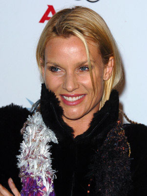 Premiere: Nicollette Sheridan at the LA premiere of The Weinstein Company's Transamerica - 11/6/2005