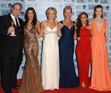 "Marc Cherry, Teri Hatcher, Felicity Huffman, Nicollette Sheridan, Eva Longoria and Marcia Cross ""Desperate Housewives"" - Best Television Series - Musical or Comedy 63rd Annual Golden Globe Awards - Press Room Beverly Hills, CA - 1/16/06"