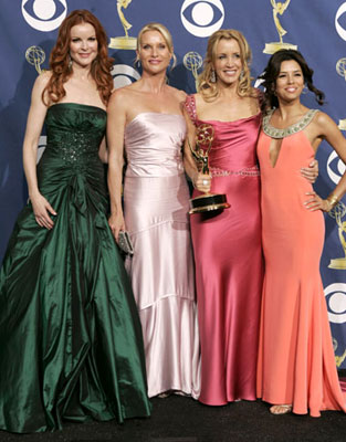 "Marcia Cross, Nicollette Sheridan, winner Felicity Huffman and Eva Longoria of ""Desperate Housewives"" 57th Annual Emmy Awards Press Room - 9/18/2005"