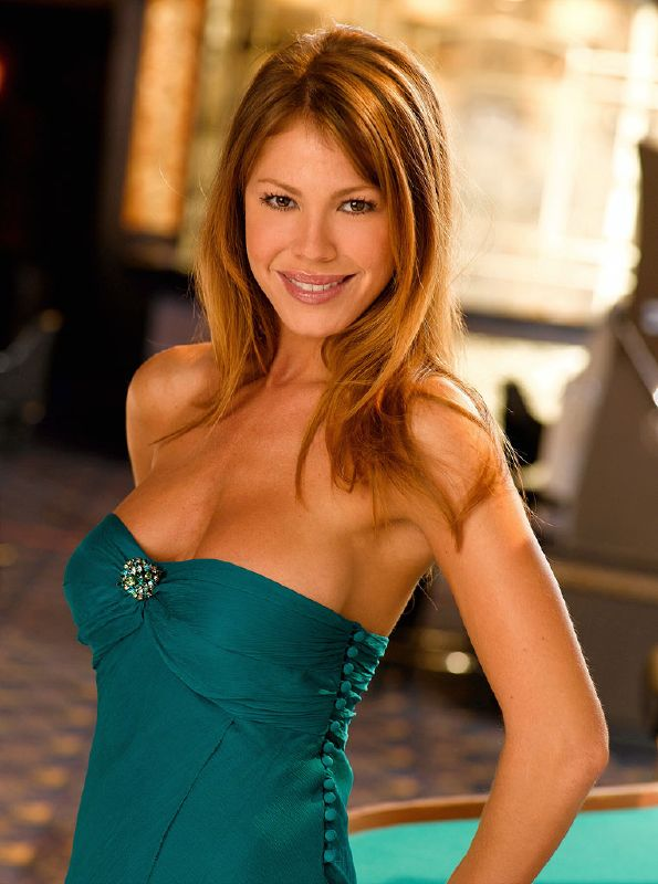 Nikki Cox as Mary Connell on NBC's Las Vegas.