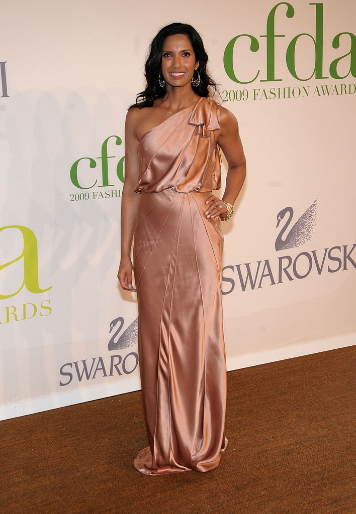 Padma Lakshmi attends the 2009 CFDA Fashion Awards at Alice Tully Hall, Lincoln Center on June 15, 2009 in New York City.