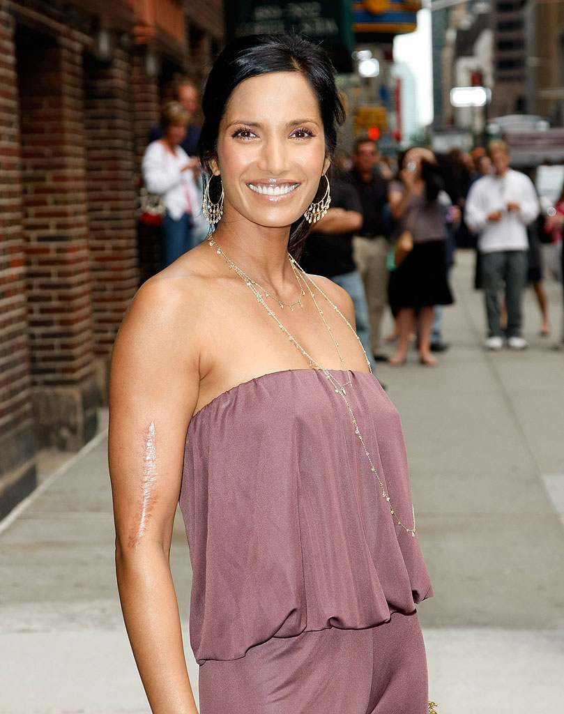 "Padma Lakshmi visits ""Late Show with David Letterman"" at the Ed Sullivan Theater on June 17, 2009 in New York City."