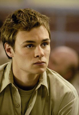 "Patrick Flueger as Shawn Farrell USA's ""The 4400"""