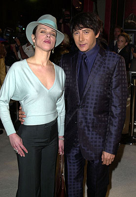 Premiere: Debi Mazar and Paul Reubens at the Hollywood premiere of New Line's Blow - 3/29/2001