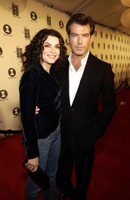 Julianna Margulies and Pierce Brosnan of Evelyn VH-1 Big in 2002 Awards - 12/4/2002