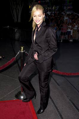 Premiere: Portia de Rossi at the Los Angeles premiere of Miramax's The Others - 8/7/2001