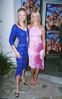 Premiere: Rachel Blanchard and Amy Smart at the Mann Village Theater premiere of Dreamworks' comedy Road Trip - 5/11/2000