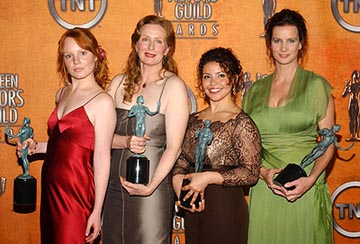"Lauren Ambrose, Frances Controy, Justina Machado and Rachel Griffiths of ""Six Feet Under"" Outstanding Performance by an Ensemble in a Drama Series Screen Actors Guild Awards 2/22/2004"