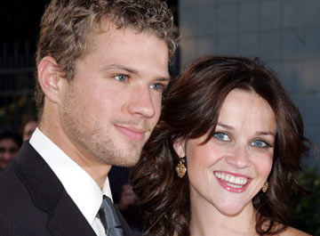 Premiere: Ryan Phillippe and Reese Witherspoon at the New York premiere of Focus Features' Vanity Fair - 8/16/2004