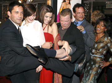 Premiere: Enrique Murciano Jr., Heather Burns, Sandra Bullock, William Shatner, Diedrich Bader and Regina King at the Hollywood premiere of Warner Bros. Pictures' Miss Congeniality 2: Armed and Fabulous - 3/23/2005