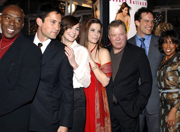 Premiere: Ernie Hudson, Enrique Murciano Jr., Heather Burns, Sandra Bullock, William Shatner, Diedrich Bader and Regina King at the Hollywood premiere of Warner Bros. Pictures' Miss Congeniality 2: Armed and Fabulous - 3/23/2005