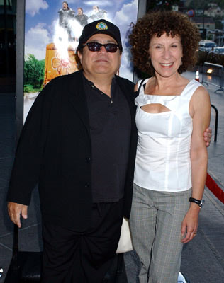 Premiere: Executive producer Danny DeVito and Rhea Perlman at the Los Angeles premiere of Fox Searchlight's Garden State - 7/20/2004