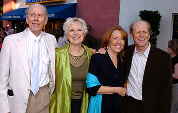 Premiere: Rance Howard, Judy Howard, Cheryl Howard and Ron Howard at the LA premiere of Universal's Cinderella Man - 5/23/2005